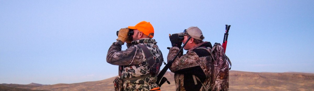 3 Tips on Choosing Binoculars for a Western Hunt